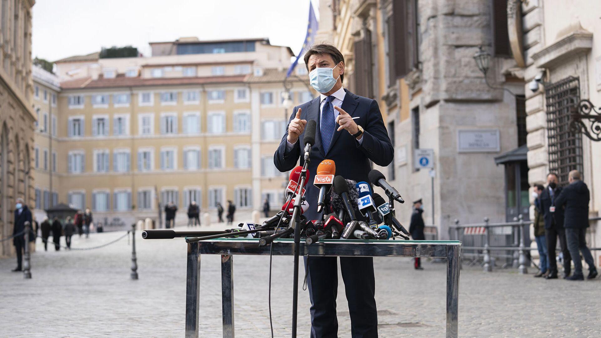 Giuseppe Conte incontra la stampa  - Sputnik Italia, 1920, 06.02.2021