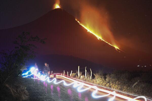 Eruzione del vulcano Pacaya, Guatemala - Sputnik Italia