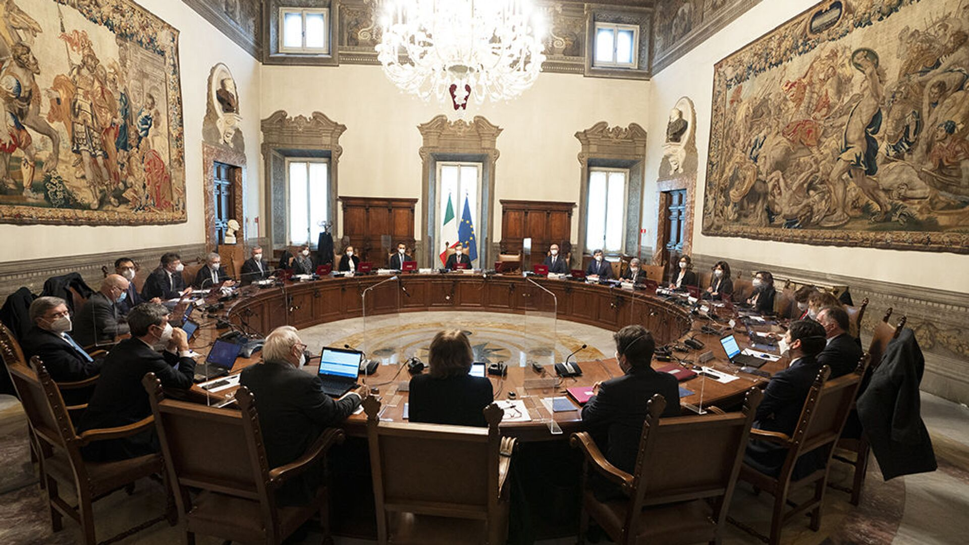 Primo Consiglio dei ministri del Governo Draghi - Sputnik Italia, 1920, 22.02.2021