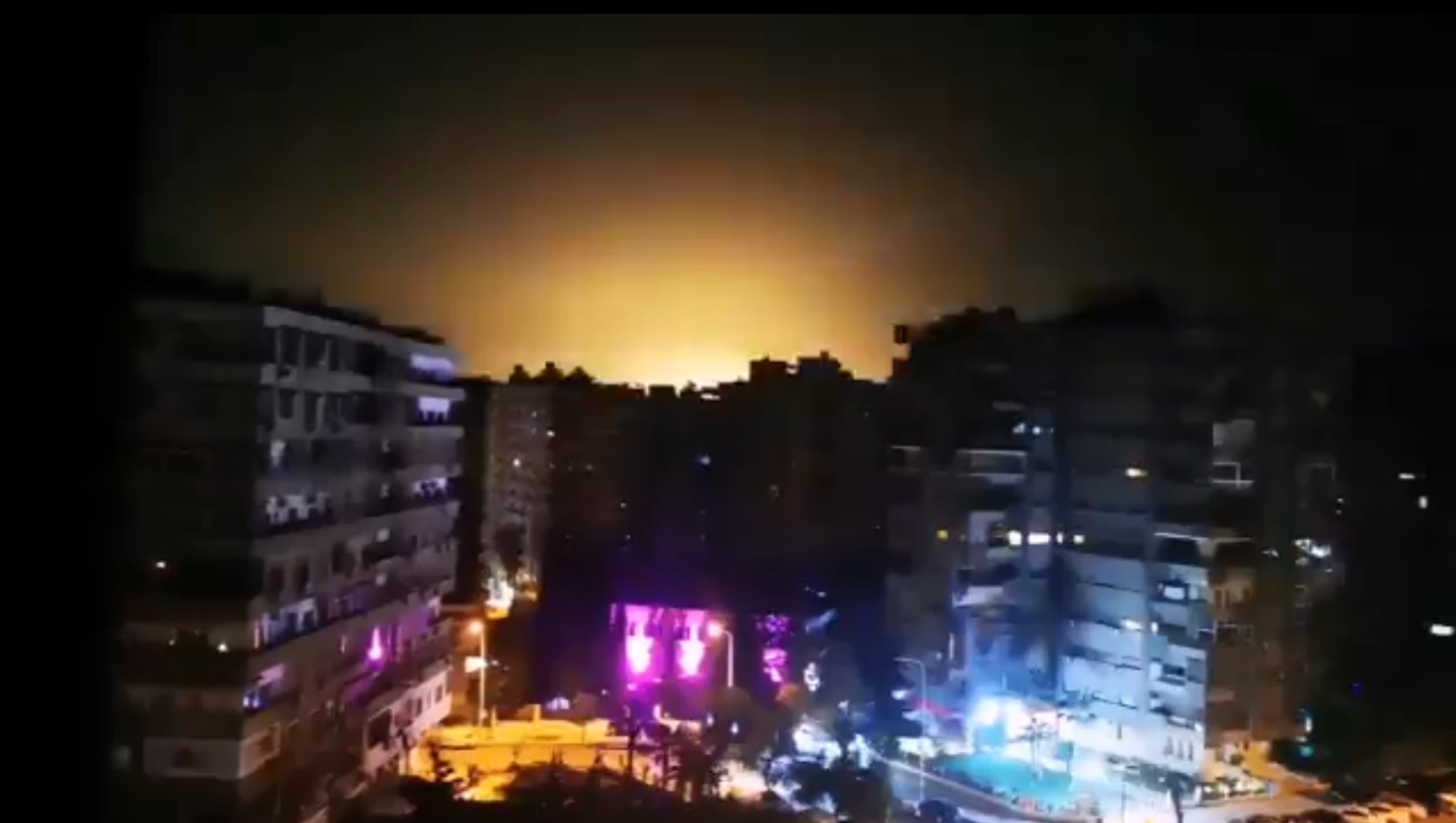 Screenshot from the video allegedly showing the moment of the Israeli aggression in the vicinity of Damascus, 15 February 2020 - Sputnik Italia, 1920, 15.02.2021