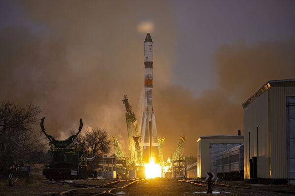 Questo è il primo lancio di un veicolo spaziale sulla ISS nel 2021 - Sputnik Italia