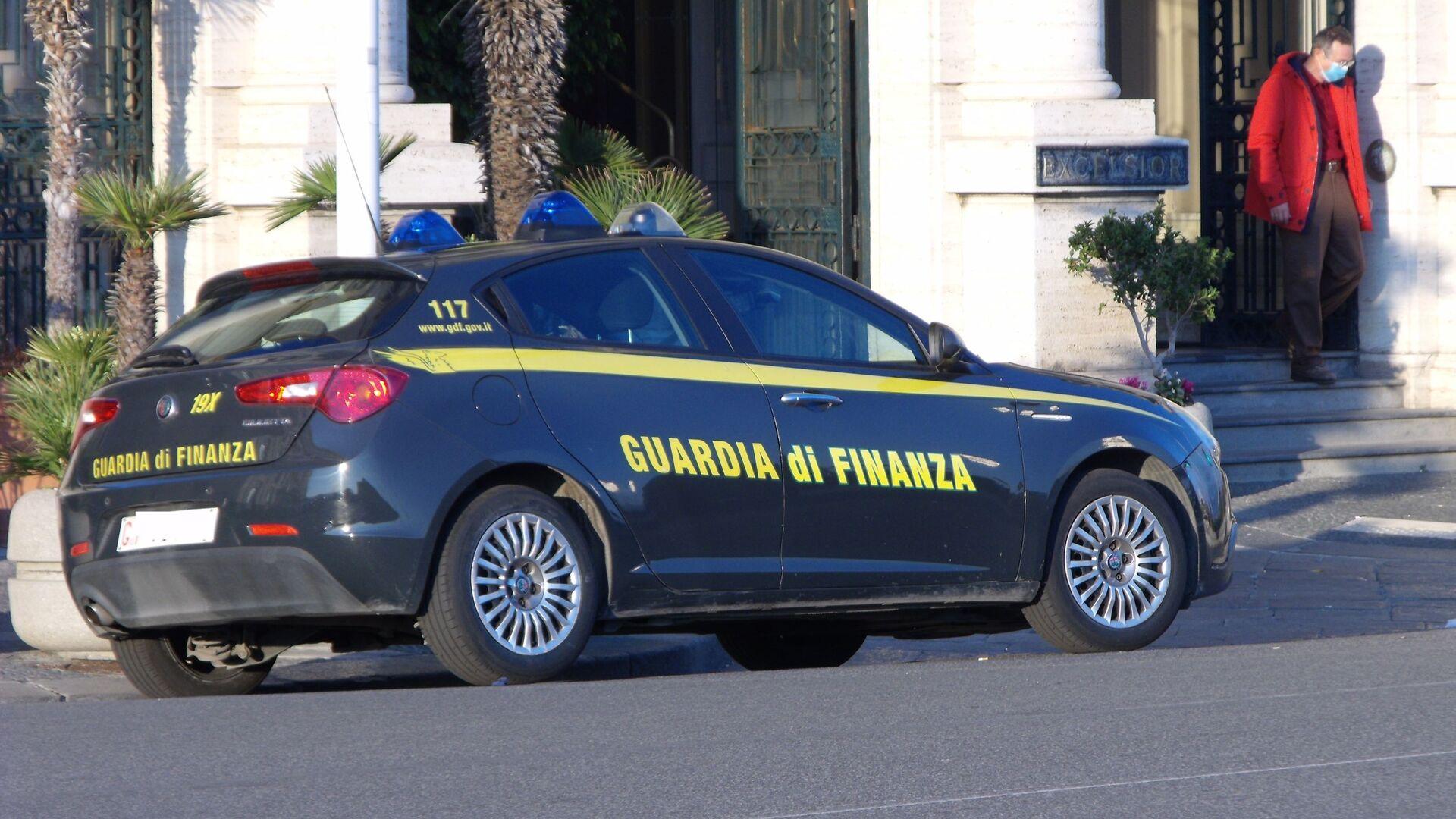 Auto della guardia di finanza - Sputnik Italia, 1920, 07.07.2021