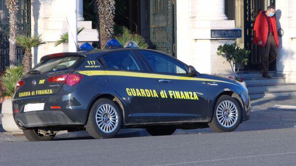 Auto della guardia di finanza - Sputnik Italia