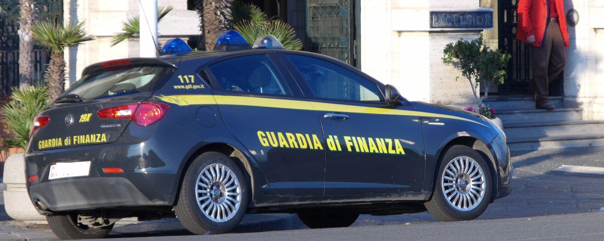 Auto della guardia di finanza - Sputnik Italia, 1920, 08.09.2021