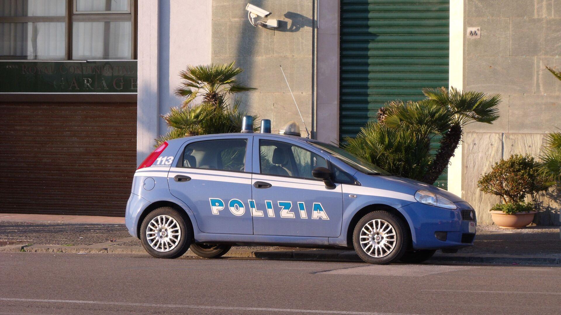 Auto della polizia di stato - Sputnik Italia, 1920, 04.07.2021