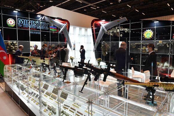Lo stand del Ministero dell'Industria della Difesa dell'Azerbaigian alla fiera internazionale di armi IDEX-2021 ad Abu Dhabi - Sputnik Italia