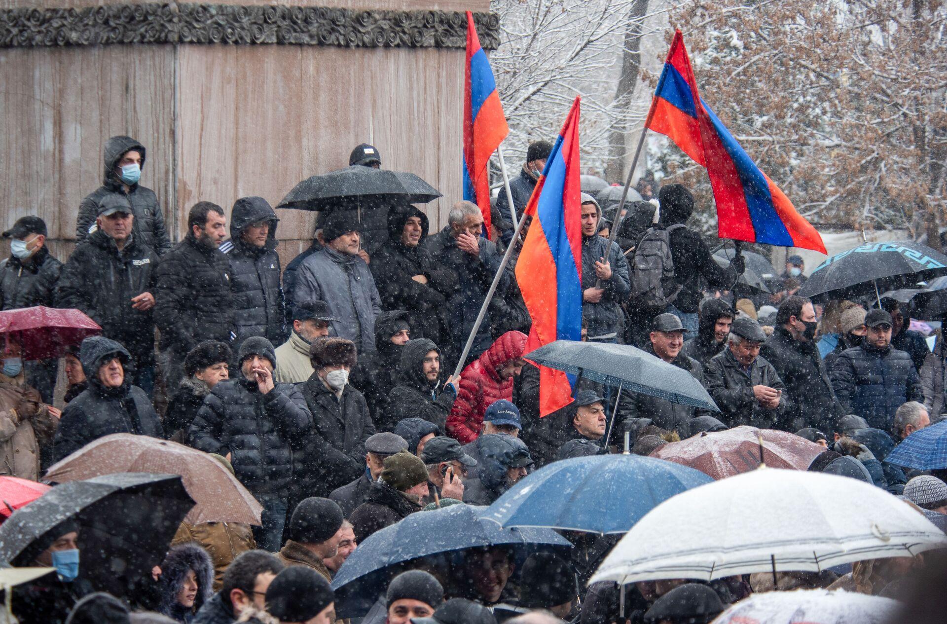 Tensioni in Armenia, il presidente incontra il capo di stato maggiore generale - Sputnik Italia, 1920, 26.02.2021
