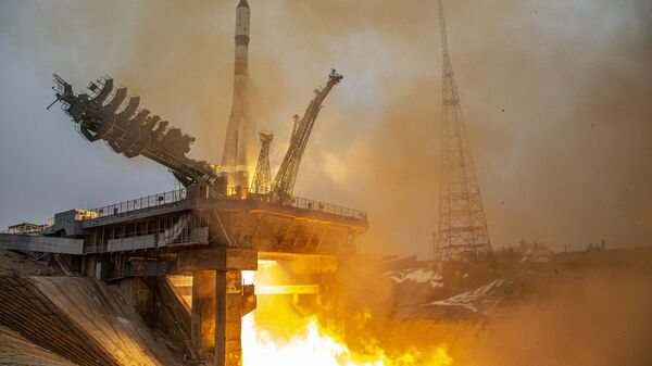 Launch of the Soyuz-2.1a rocket carrier with the Progress MS-16 cargo ship from the Baikonur Cosmodrome - Sputnik Italia