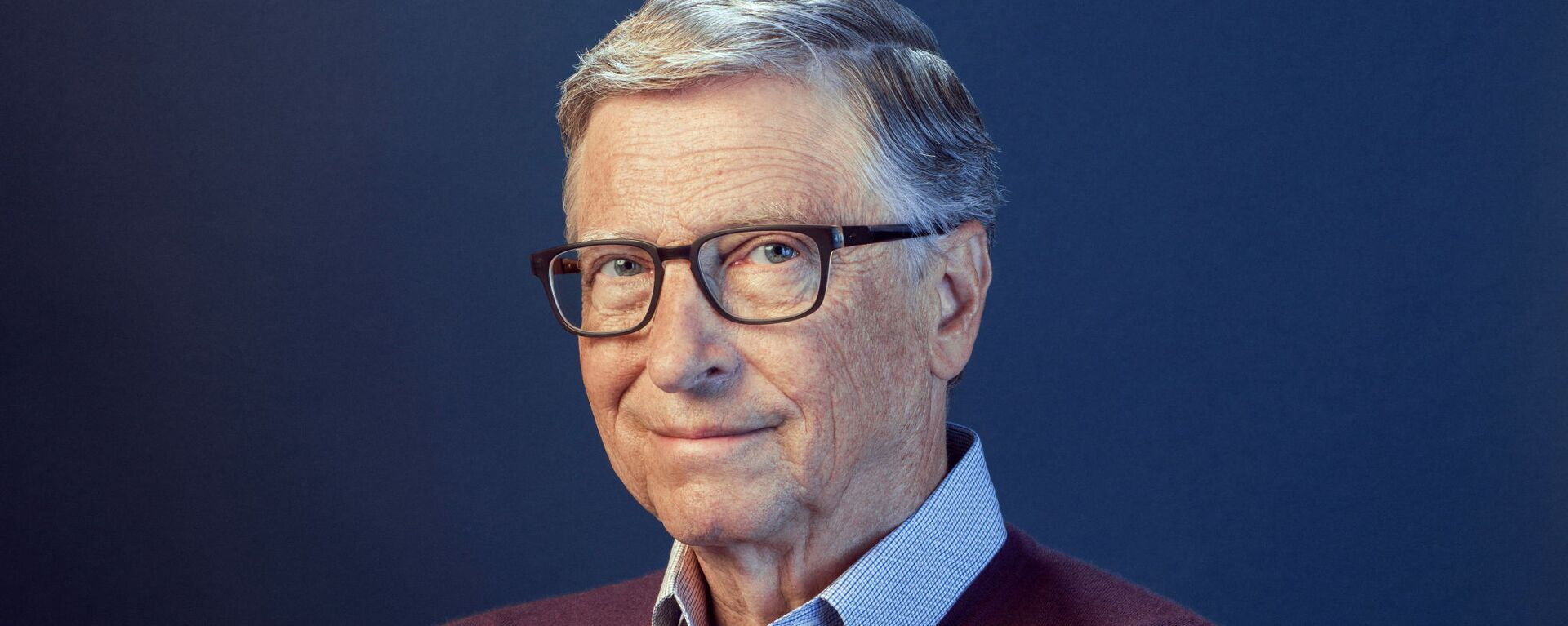 Bill Gates poses in this undated handout photo obtained by Reuters on February 15, 2021 - Sputnik Italia, 1920, 11.09.2021