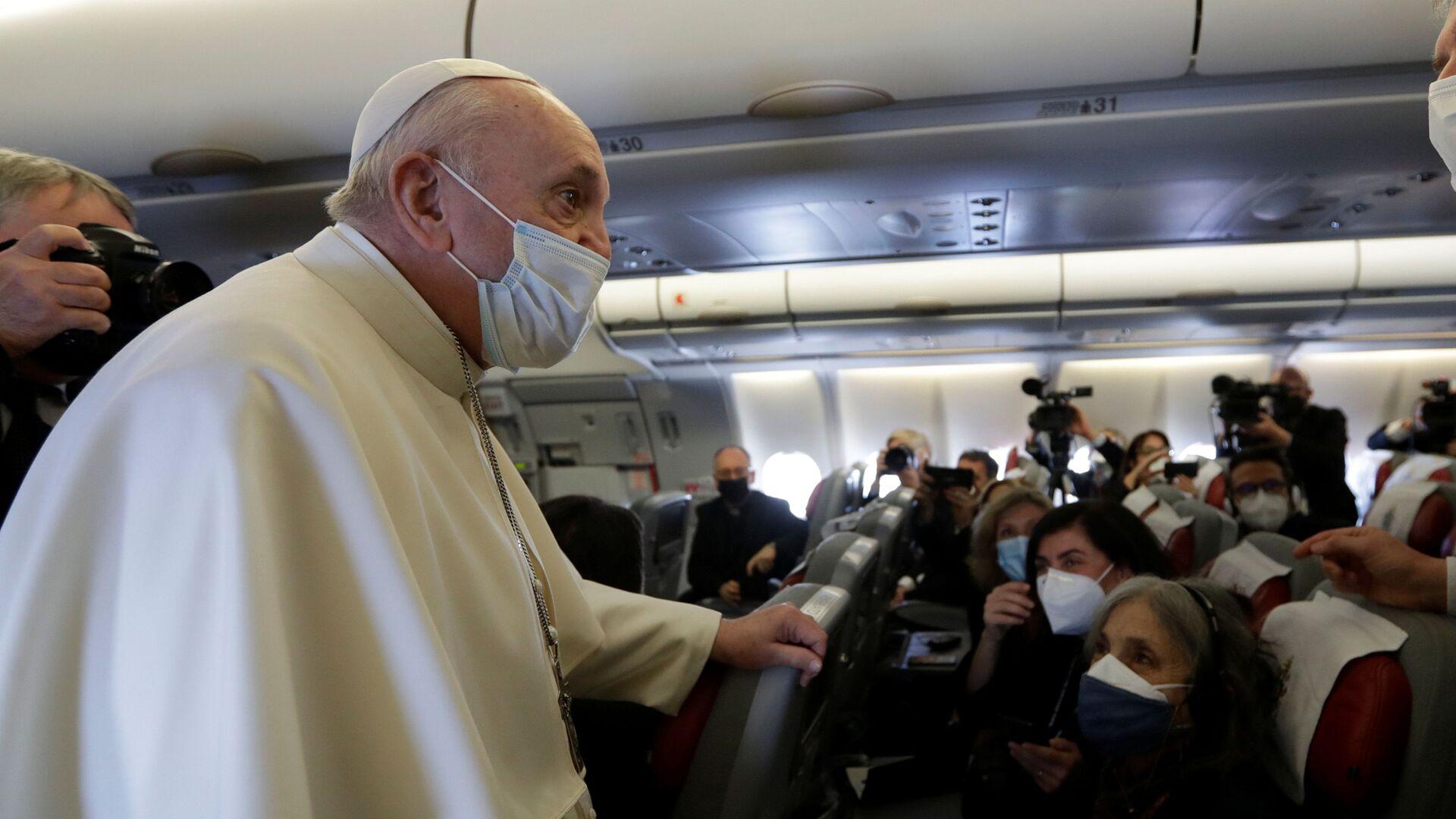 Il Papa Francesco arriva a Baghdad nella prima visita internazionale durante la crisi pandemica - Sputnik Italia, 1920, 06.07.2021