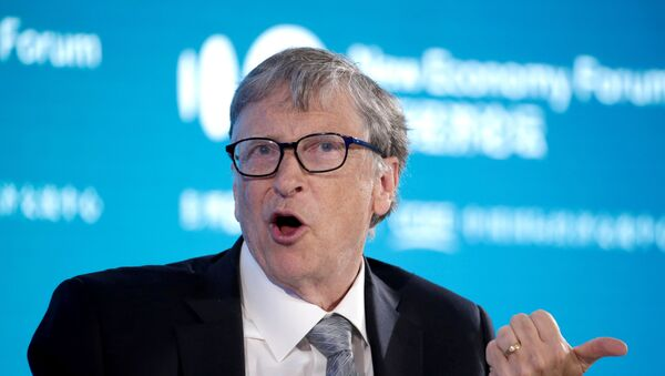 Bill Gates, Co-Chair of Bill & Melinda Gates Foundation, attends a conversation at the 2019 New Economy Forum in Beijing, China November 21, 2019 - Sputnik Italia