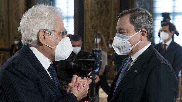 Mattarella e Draghi - Sputnik Italia