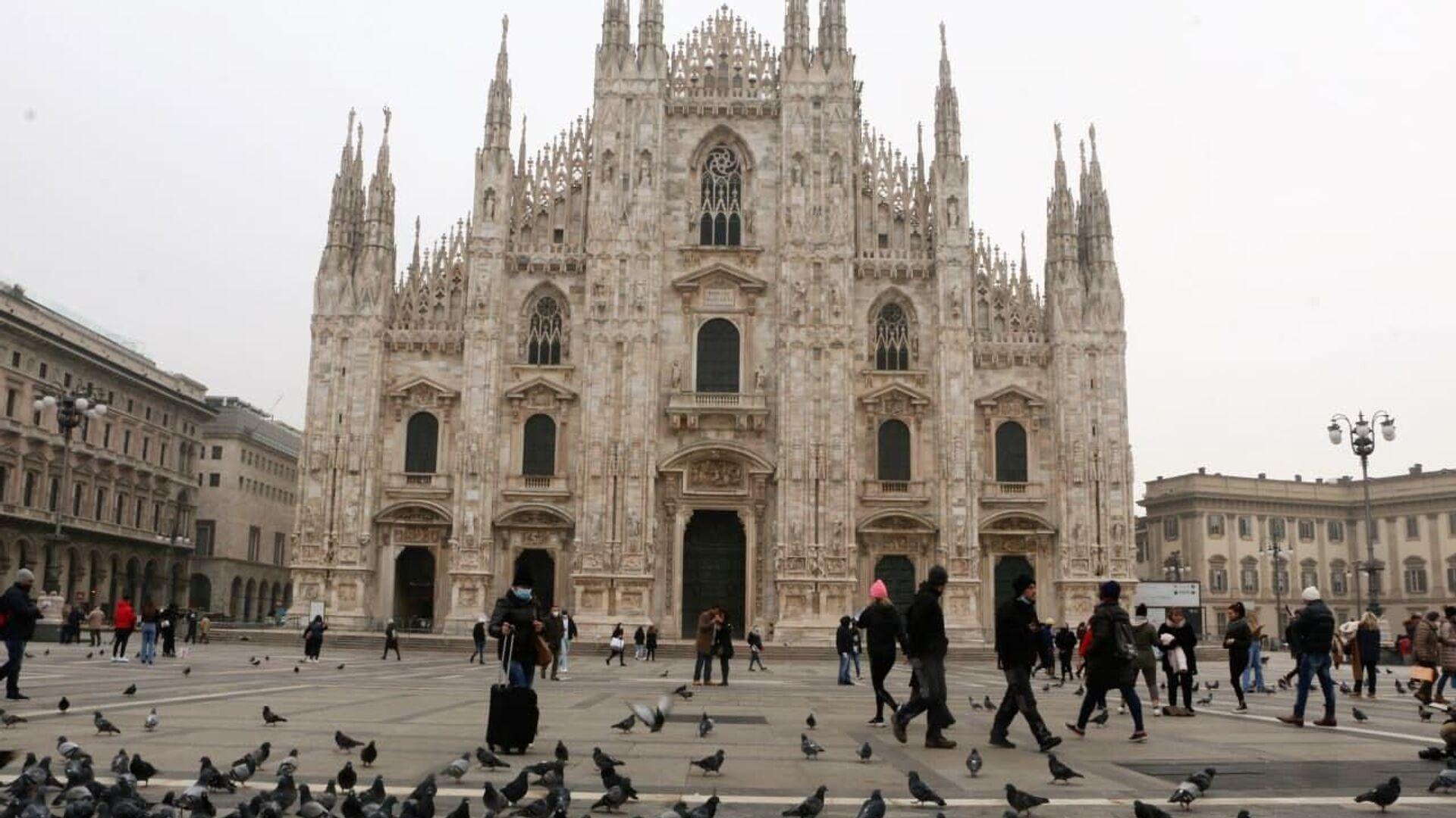 Piazza del Duomo a Milano, Italia - Sputnik Italia, 1920, 29.09.2021