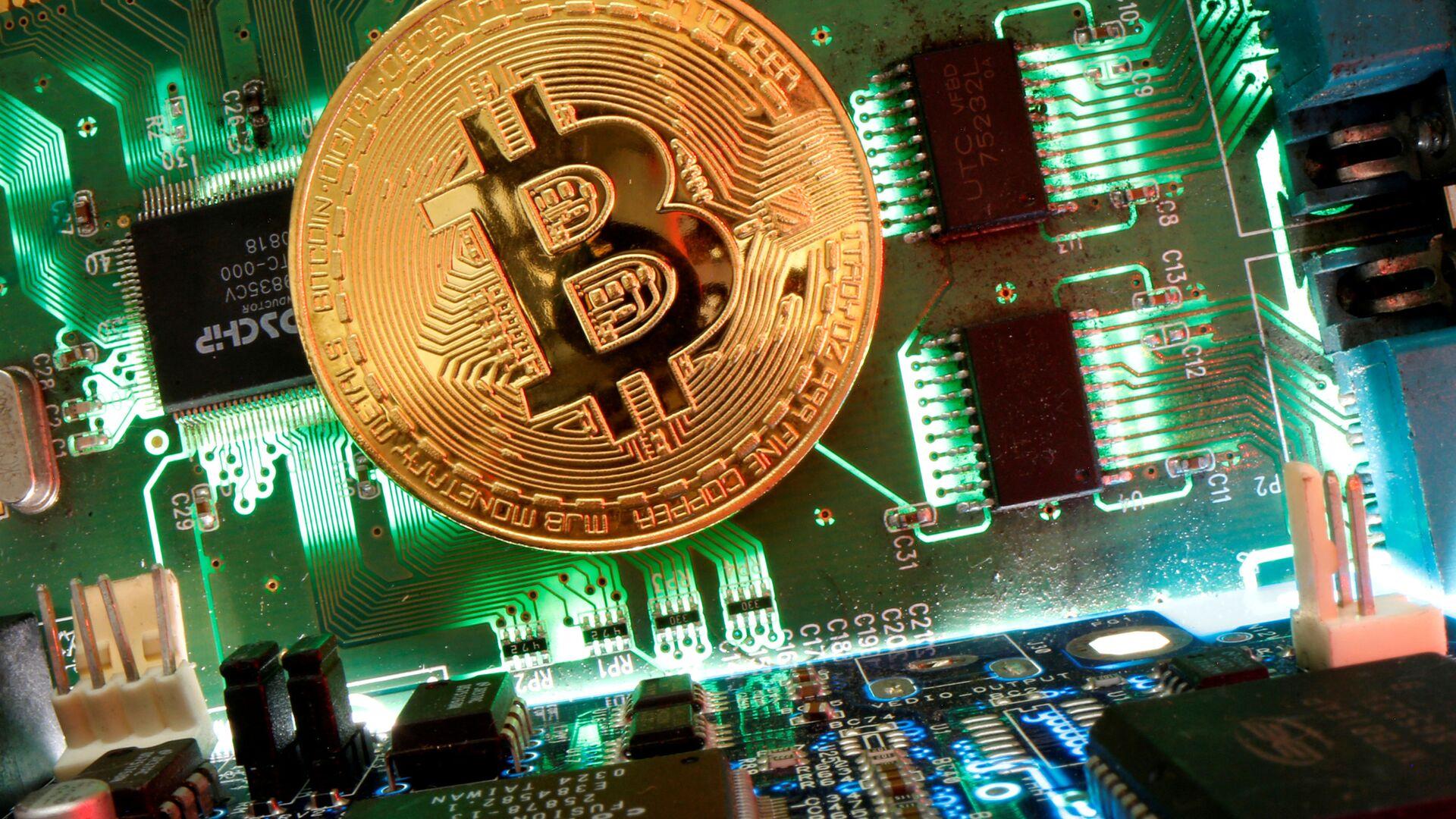 Bitcoin - Sputnik Italia, 1920, 21.04.2021