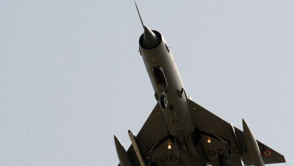 Un MiG-21 dell'Aviazione indiana - Sputnik Italia