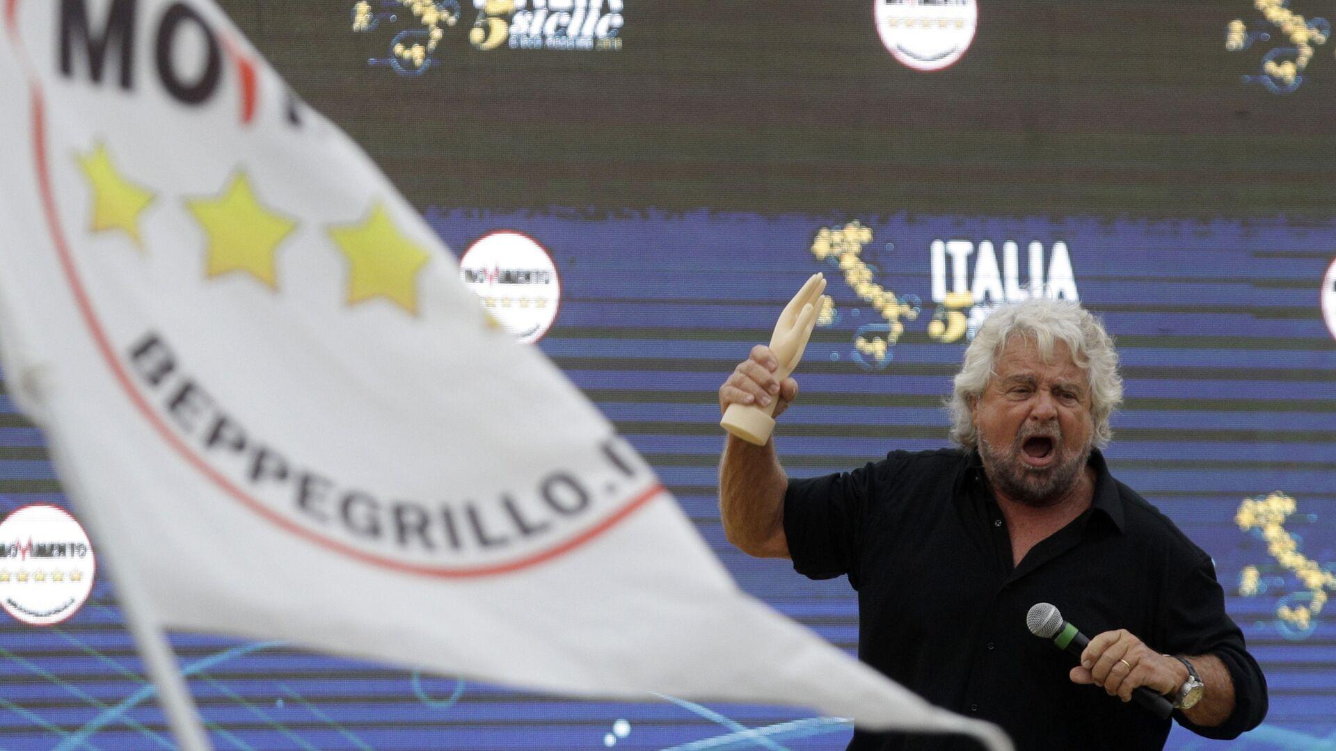 Beppe Grillo - Sputnik Italia, 1920, 14.10.2021