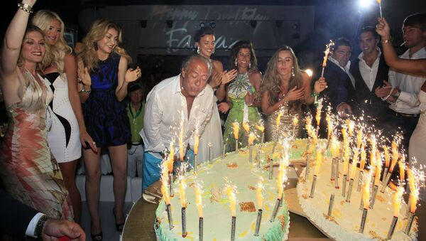 Torta di Compleanno - Sputnik Italia