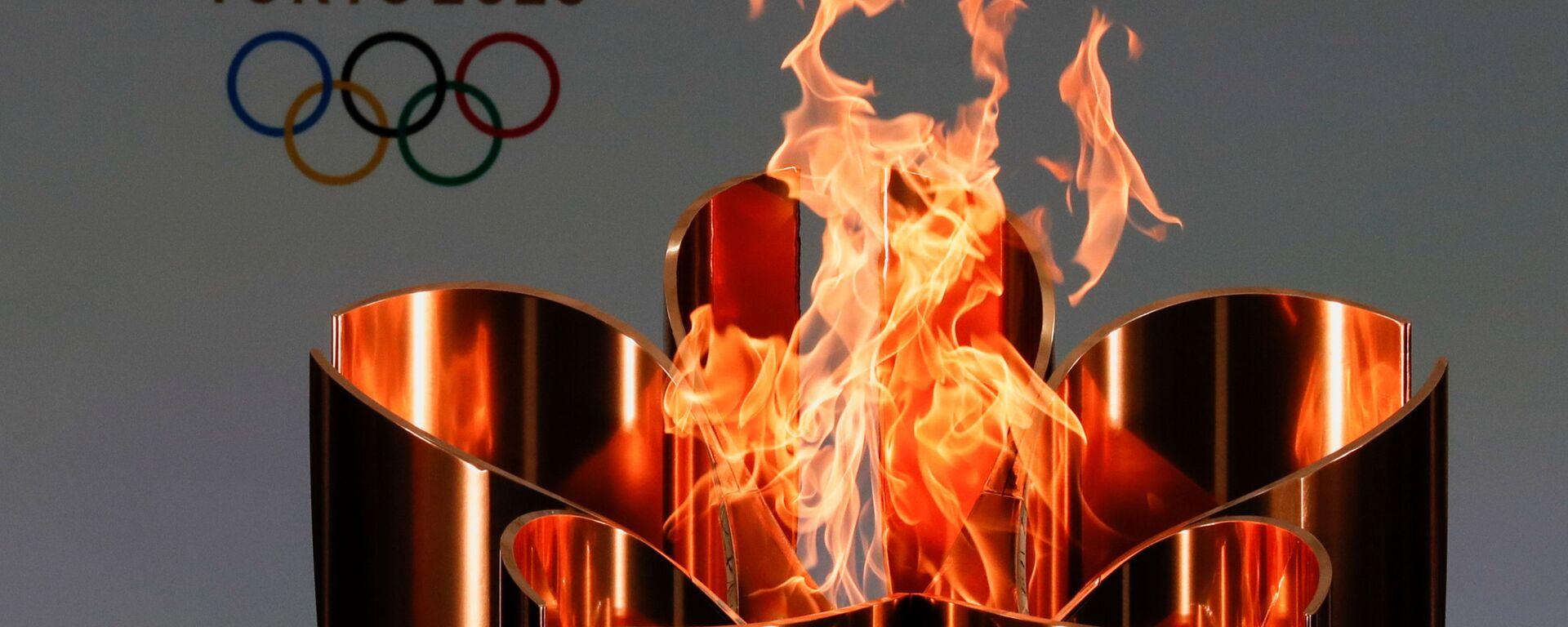 La fiaccola olimpica   - Sputnik Italia, 1920, 25.03.2021