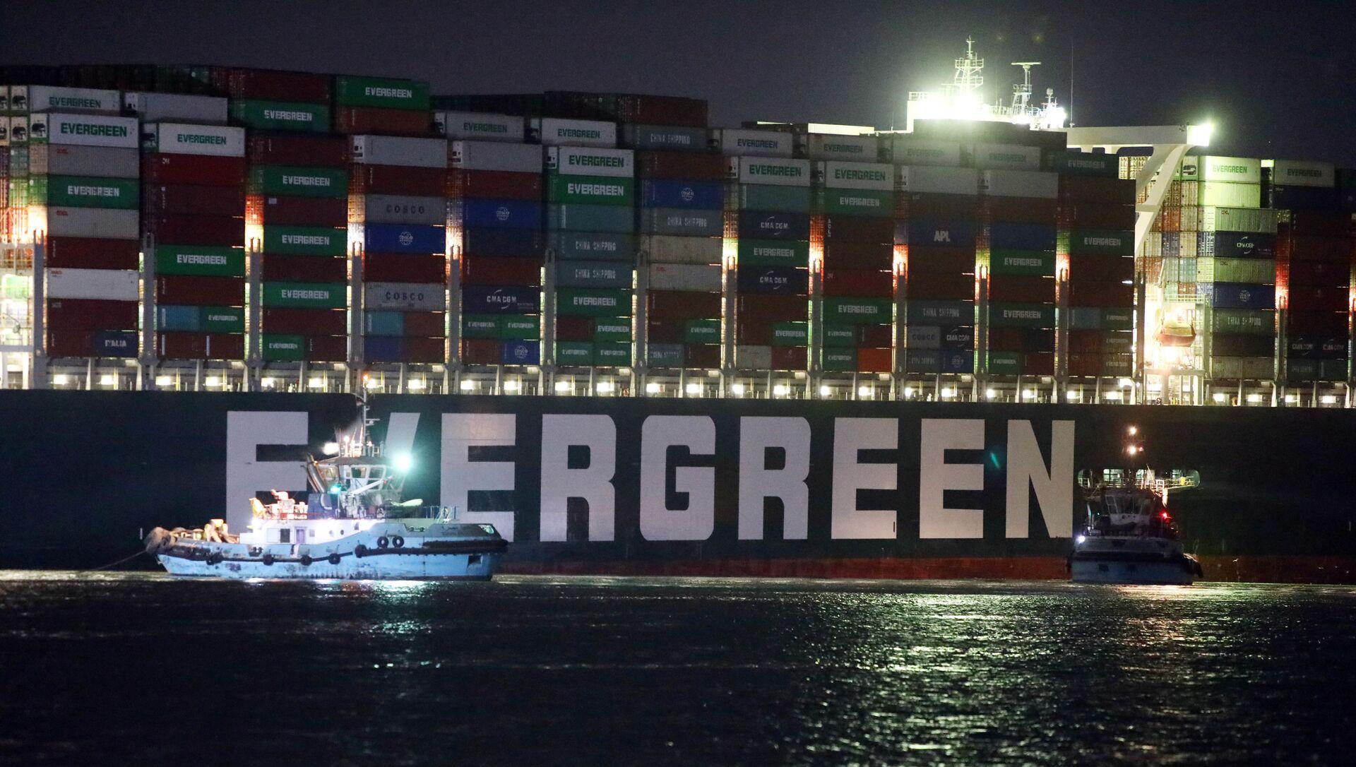 La nave cargo Ever Given che blocca il canale di Suez - Sputnik Italia, 1920, 01.04.2021