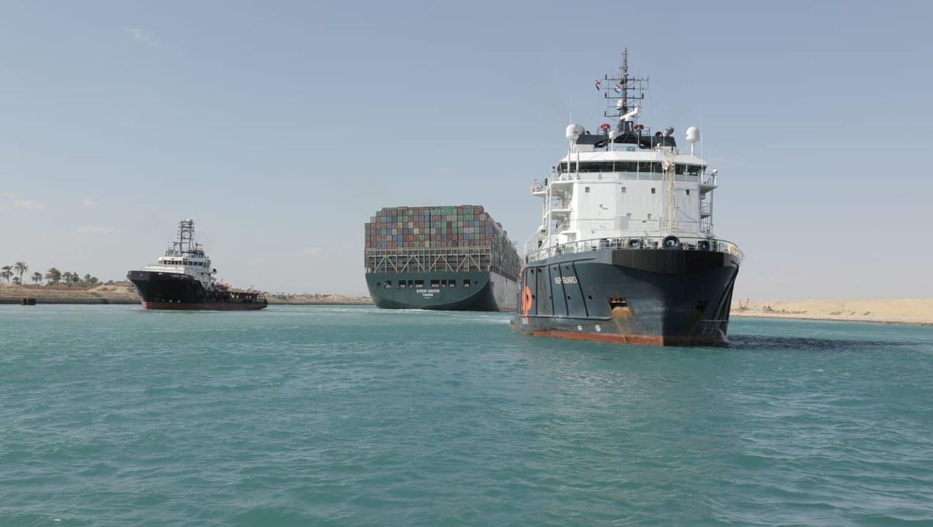 La nave Ever Given lascia il canale di Suez - Sputnik Italia, 1920, 30.03.2021