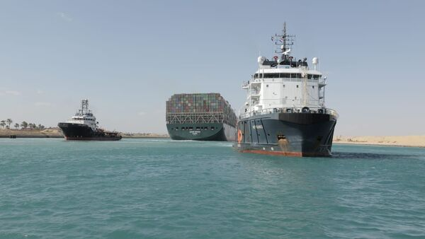 La nave Ever Given lascia il canale di Suez - Sputnik Italia