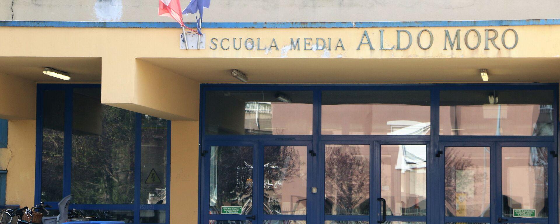 Scuola media Aldo Moro - Sputnik Italia, 1920, 20.04.2021