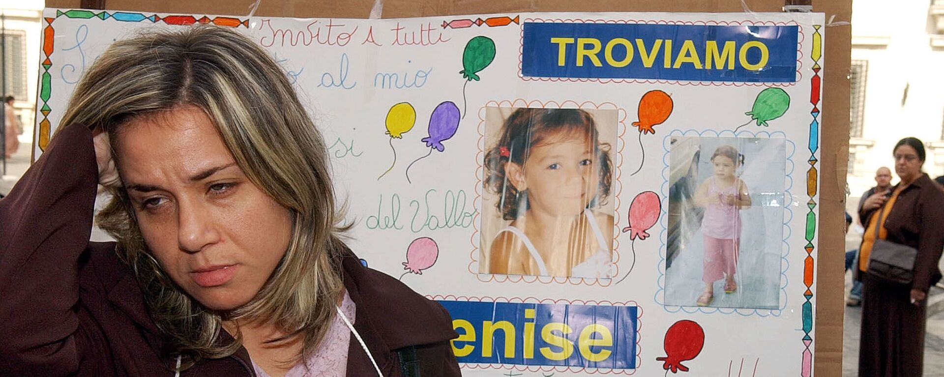 La madre della ragazza scomparsa Denise Pipitone con le sue foto a Roma - Sputnik Italia, 1920, 04.04.2021