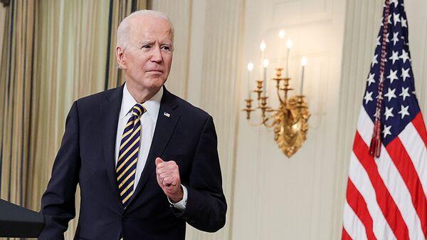 Joe Biden alla Casa Bianca il giorno della firma dell'ordine esecutivo sul muro del Messico - Sputnik Italia