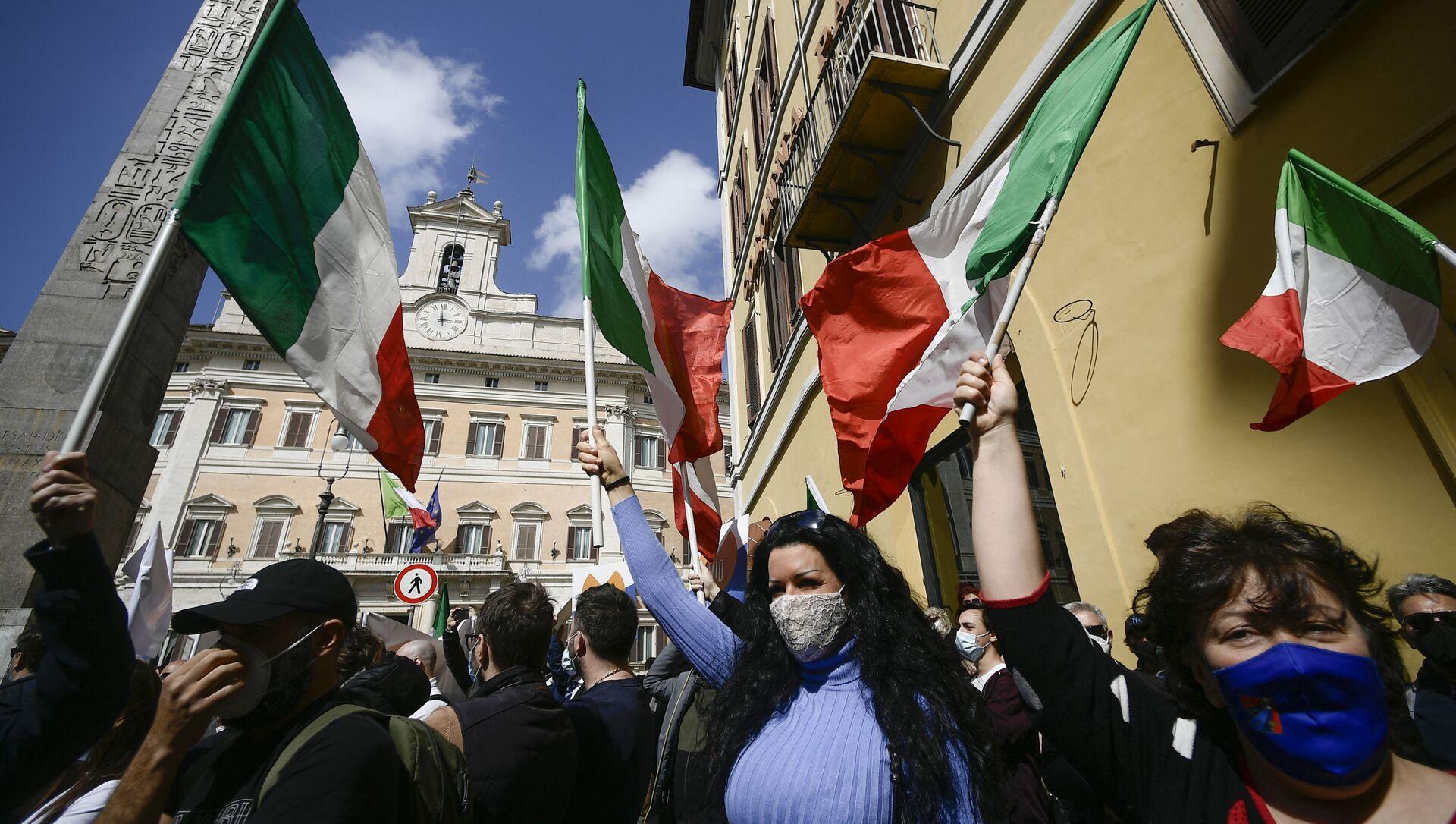 Акция протеста владельцев малого бизнеса в Риме против ограничений из-за COVID-19 - Sputnik Italia, 1920, 11.04.2021