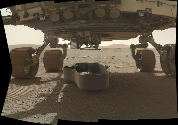 Il 19 febbraio, il rover Perseverance della NASA è atterrato su Marte vicino al cratere Jezero alla ricerca di tracce di vita nel lontano passato di Marte - Sputnik Italia