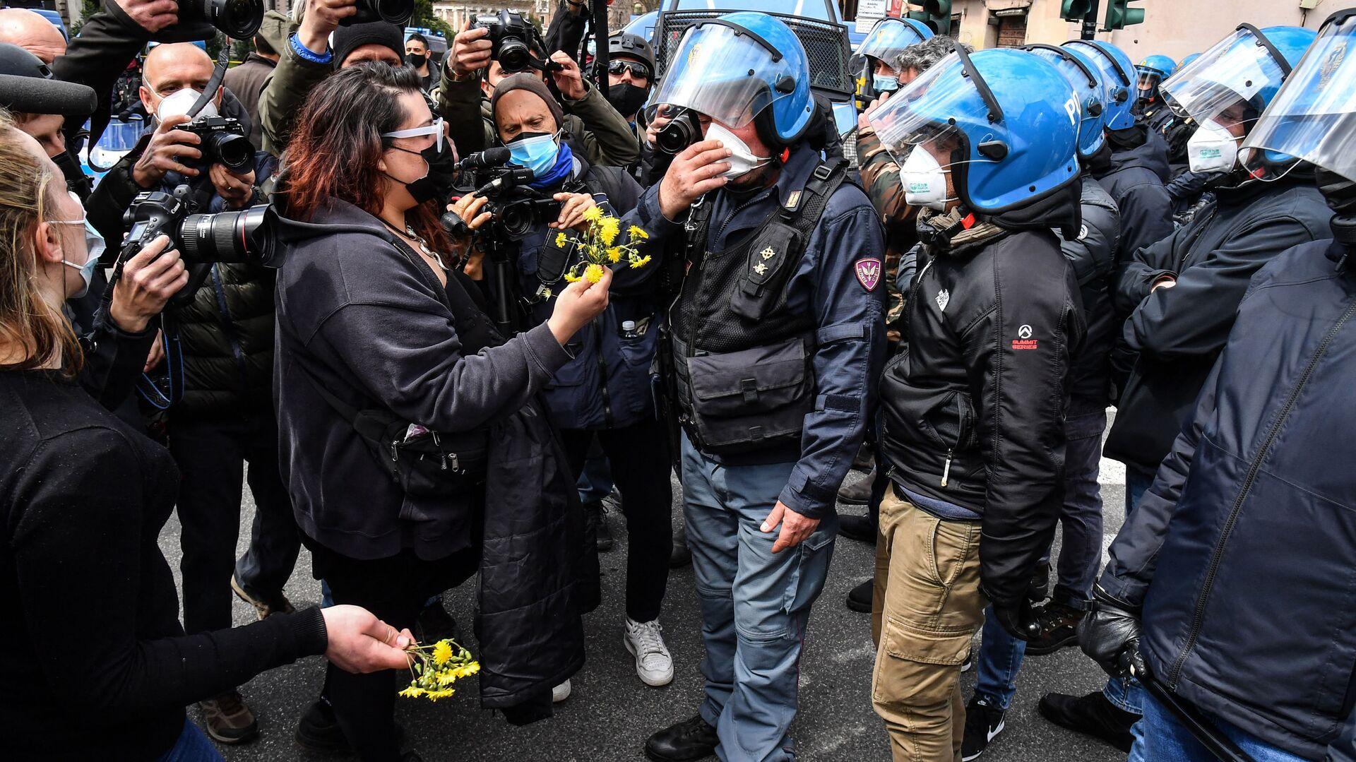 Proteste dei ristoratori a Roma, 13 aprile 2021 - Sputnik Italia, 1920, 13.04.2021