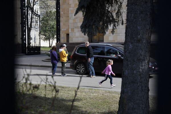 Il 17 aprile il primo ministro ceco Andrei Babis ha dichiarato che le autorità del paese sospettano che i servizi speciali russi siano coinvolti nell'esplosione in un deposito di munizioni nel villaggio di Vrbetice nel 2014 - Sputnik Italia