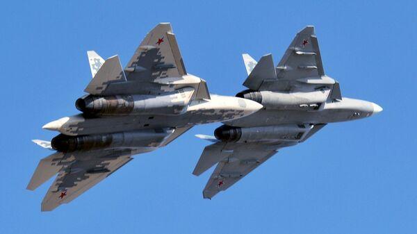 Многофункциональные истребители пятого поколения Су-57 - Sputnik Italia