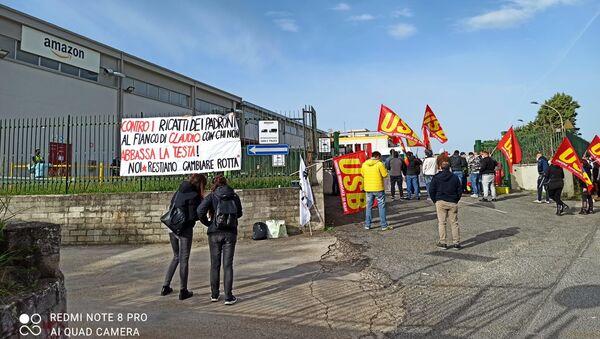 Proteste Amazon Pomezia - Sputnik Italia