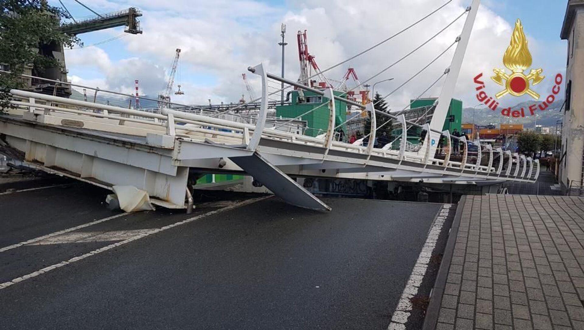 Crollo del ponte levatoio della Darsena di Pagliari, La Spezia - Sputnik Italia, 1920, 12.05.2021