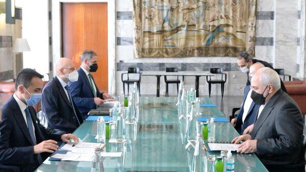 Di Maio riceve Zarif alla Farnesina - Sputnik Italia
