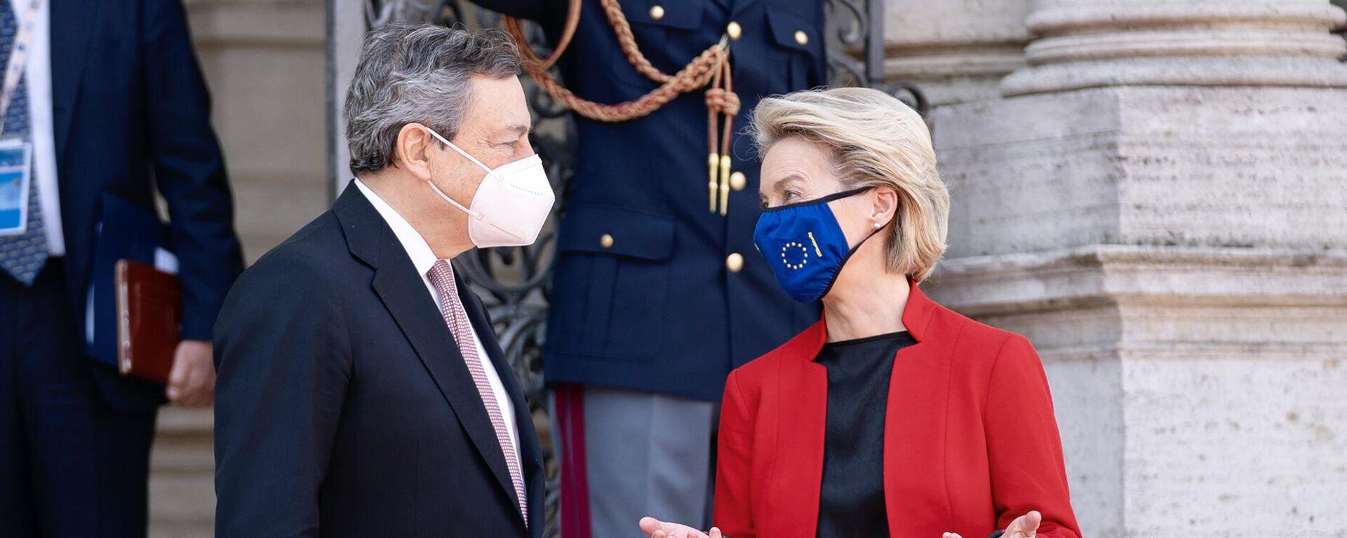 Il Presidente del Consiglio, Mario Draghi, accoglie a Villa Pamphilj la Presidente della Commissione Europea Ursula von der Leyen in occasione del Global Health Summit. 21 May 2021, Rome  - Sputnik Italia, 1920, 21.05.2021