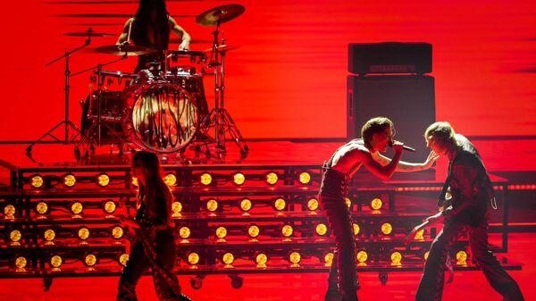 Итальянская рок-группа Maneskin во время выступления на втором полуфинале Евровидения в Роттердаме - Sputnik Italia