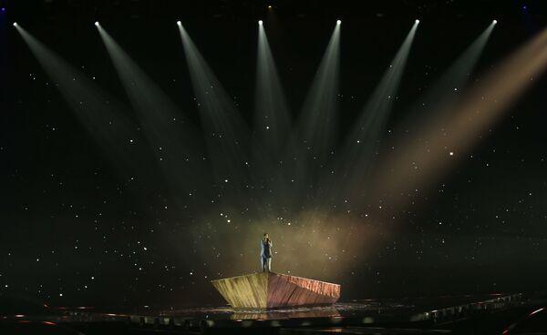 La cantante Victoria di Bulgaria si esibisce durante la finale della 65a edizione dell'Eurovision Song Contest 2021, all'Ahoy Arena di Rotterdam, 22 maggio 2021 - Sputnik Italia