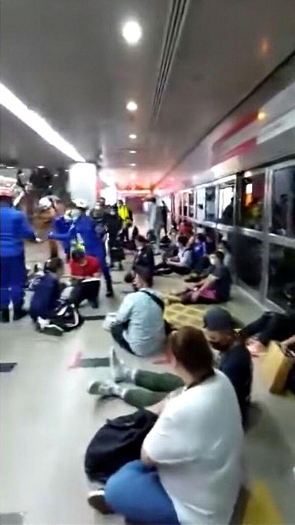 Stando ai primi rapporti preliminari, 47 persone sono rimaste gravemente ferite e altre 166 hanno riportato ferite lievi. - Sputnik Italia