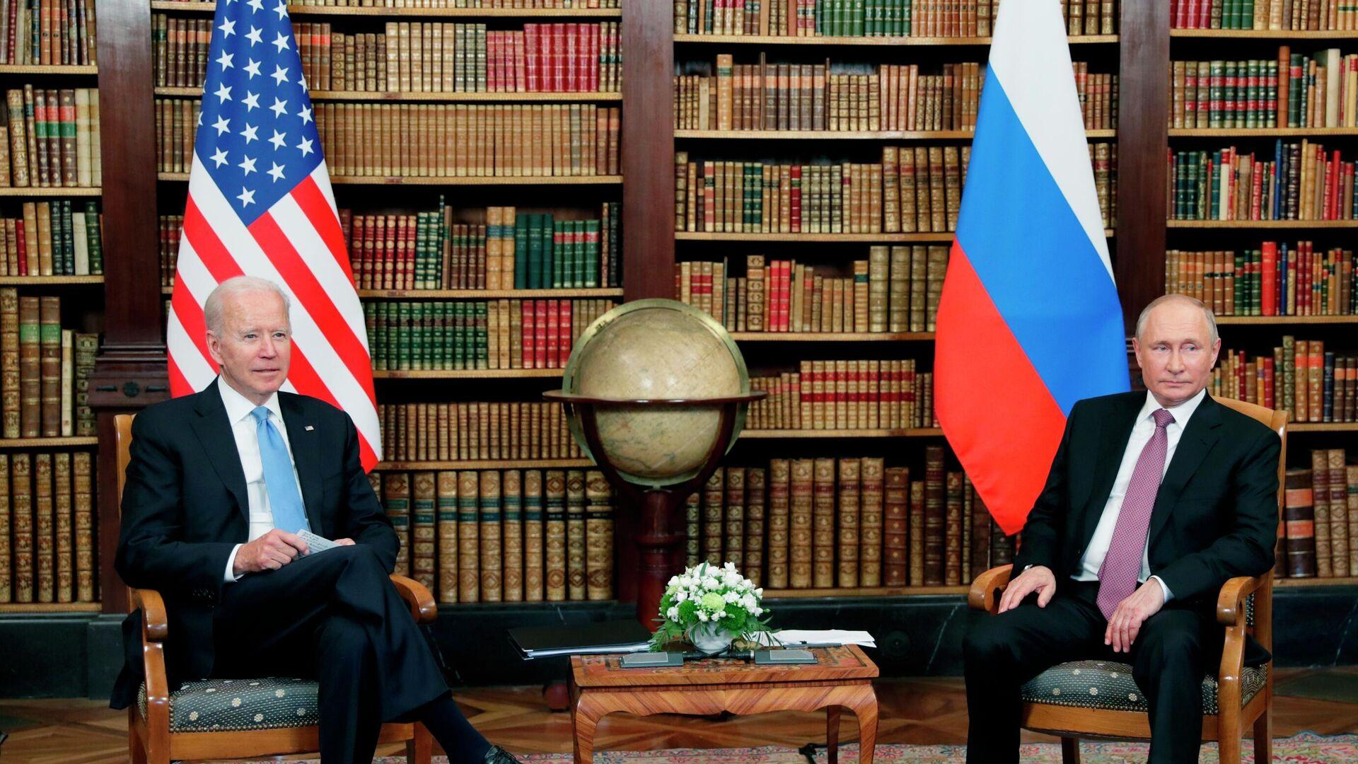 L'incontro bilaterale tra Putin e Biden a Ginevra - Sputnik Italia, 1920, 14.10.2021