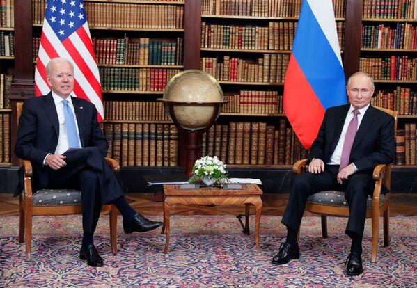 Putin e Biden si sono incontrati a Villa La Grange, vicino al Lago di Ginevra. - Sputnik Italia