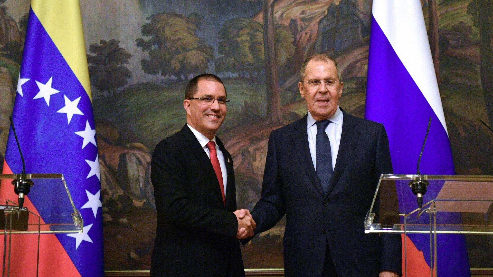 Il ministro degli Esteri russo Sergey Lavrov ha tenuto le trattative con  il capo della diplomazia venezuelana Jorge Arreaza - Sputnik Italia, 1920, 22.06.2021