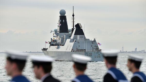 Британский эсминец Defender - Sputnik Italia