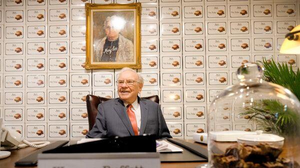 Американский миллиардер Уоррен Баффетт - Sputnik Italia