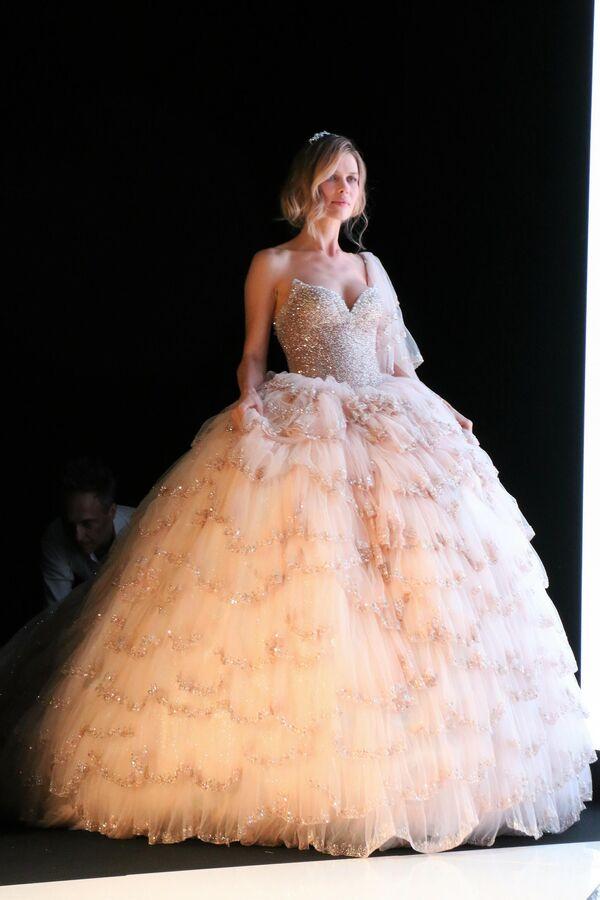 """Abbiamo lanciato nuove proposte e progetti non solo wedding, ma anche nel settore di fashion e idea regalo, bomboniere"""". - Sputnik Italia"""
