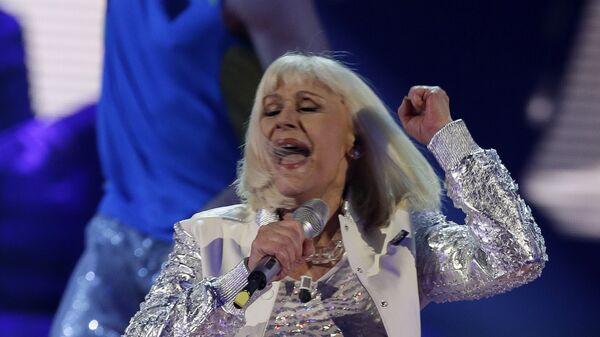 Итальянская певица Рафаэлла Карра - Sputnik Italia