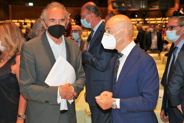 Carlo Capasa e Alessandro Barberis Canonico all'inaugurazione della 33ª edizione di Milano Unica - Sputnik Italia