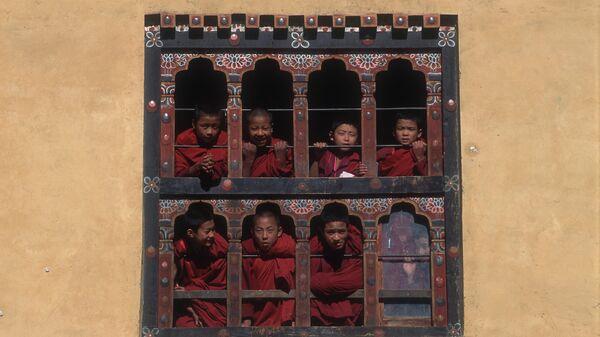 Monastero buddhista in Bhutan - Sputnik Italia