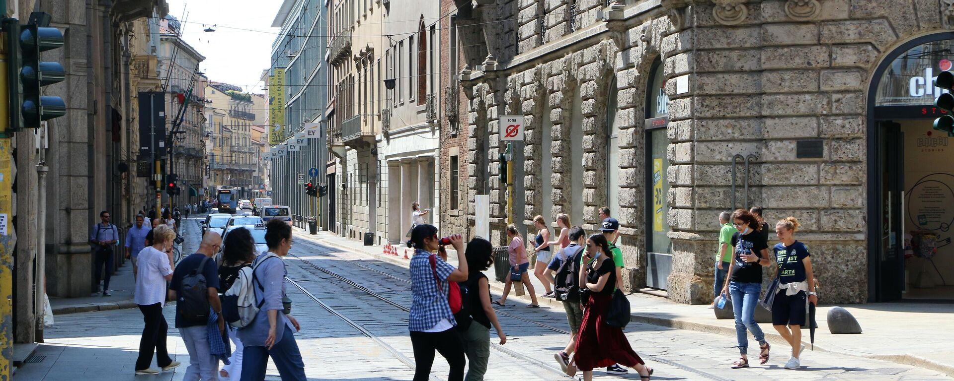 Le persone vanno al lavoro - Sputnik Italia, 1920, 17.09.2021